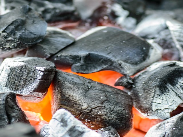 Charcoal exporter in Nigeria | Charcoal Supplier | Wholesale Charcoal